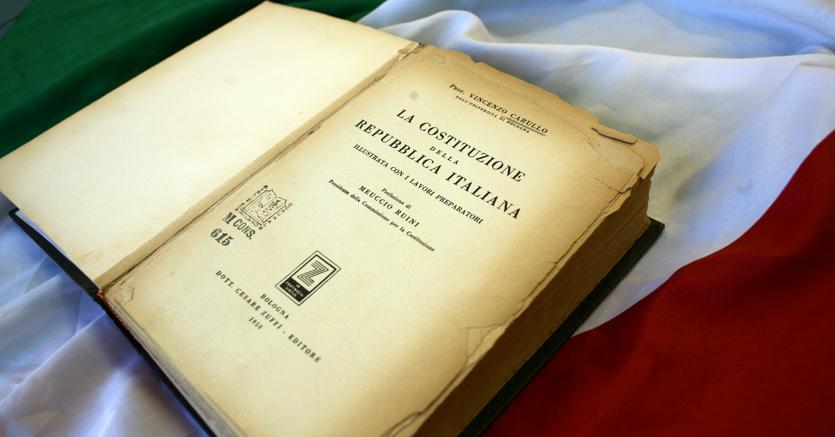 #Costituzione – L'Italia ripudia la guerra offensiva